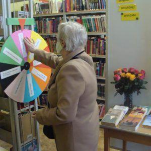 """""""Książka i Róża"""" po raz kolejny w naszej bibliotece"""